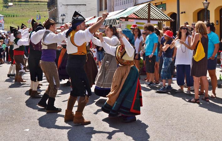Fiesta del Día de los Pueblos de Asturias